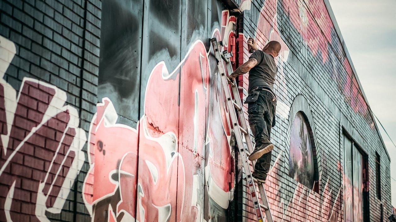 Jaki Pistolet do natryskowego malowania ścian? Opinie i cena / RANKING